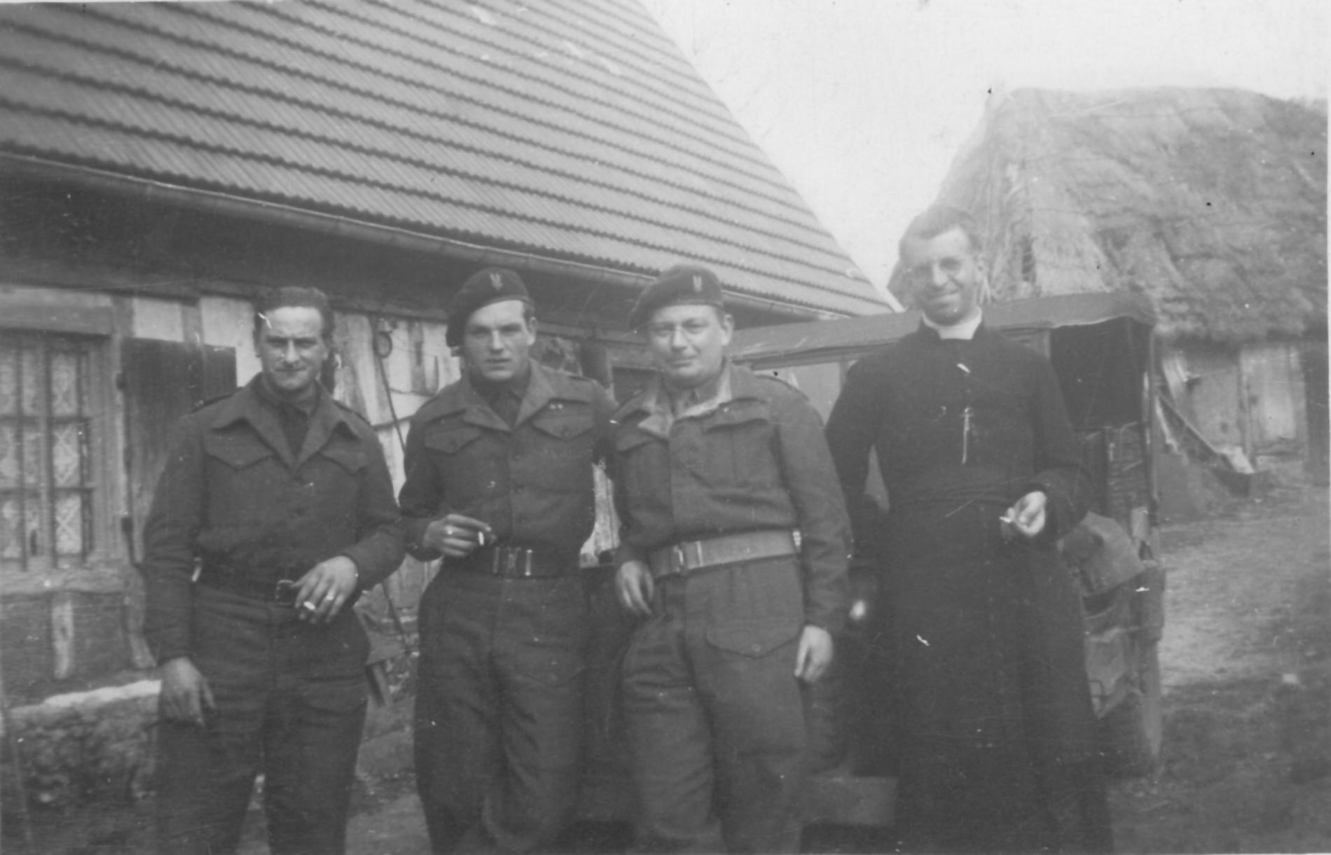 André Couturier, en compagnie des SAS britanniques
