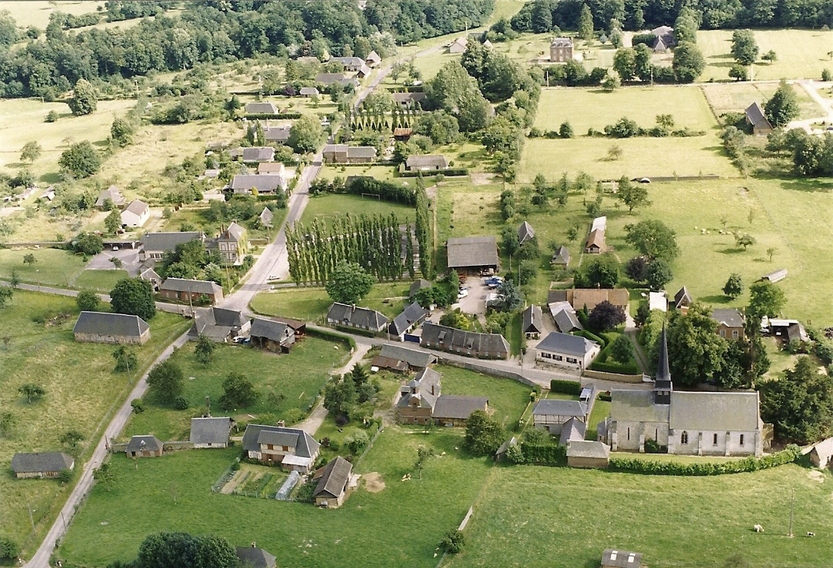 photo-aerienne-saint-eloi-de-fourques-1988-1